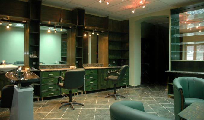 If you own and run a spa and salon you need to make sure that your business is covered for malpractice and accidental injury. If you work at a spa and salon as a technician you also need to make sure that you have the proper coverage.